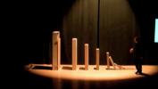 Vidéo réalisée lors d'une conférence sur la physique et la chimie sous tous ses états dans un amphithéâtre du Sart-Tilman. Cette activité était réservée aux élèves de 4e, 5e et 6e en sciences fortes.